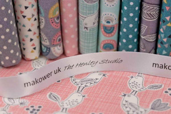Tissu Anglais rose MAKOWER UK